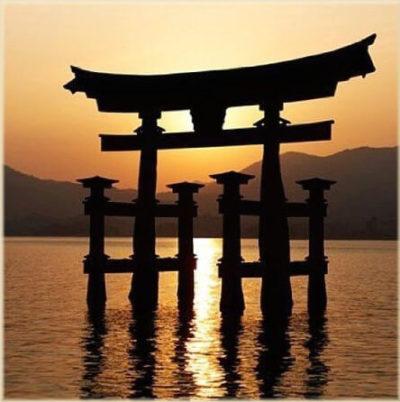 dao-dharma-26-10_miyajima-torii-gate