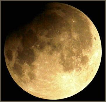 zatmenie-mesiaca